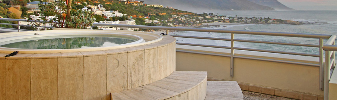 Rent a Camps Bay Holiday House, Villa or Apartment with a Jacuzzi